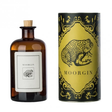 MOORGIN – Gin aus Kolbermoor 0,5 L / Apotherkerflasche mit Geschenkdose